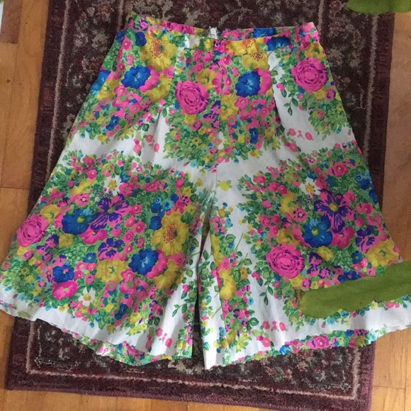 Topshop Mod Floral Pleated High Waisted Shorts